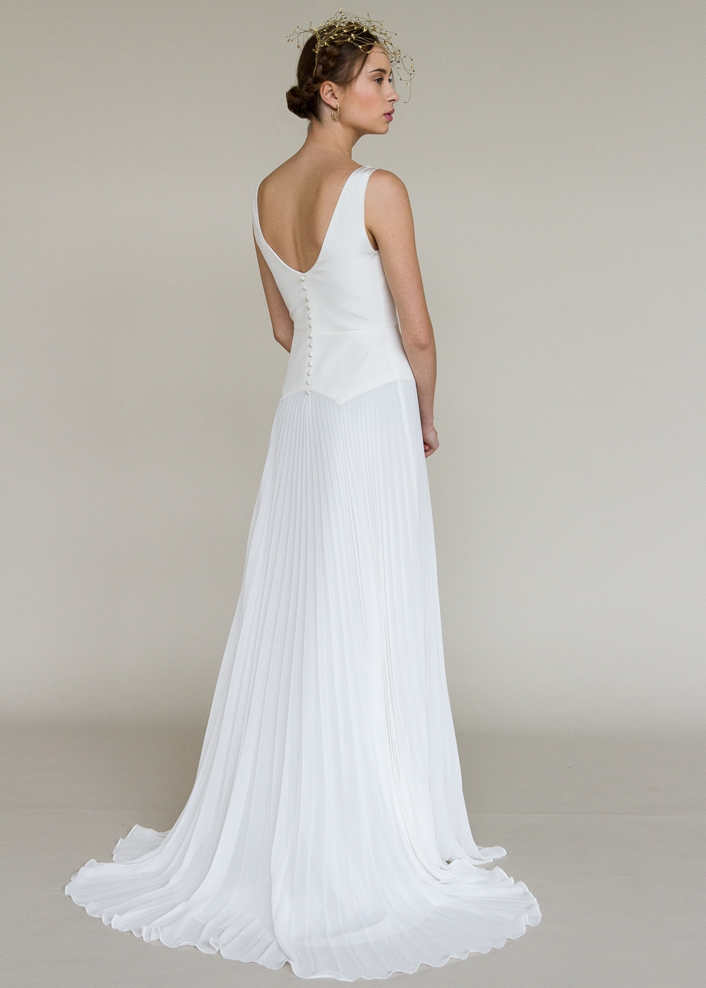 grace-robe-de-mariee-valentine-avoh-wedding-dress-dos.jpg