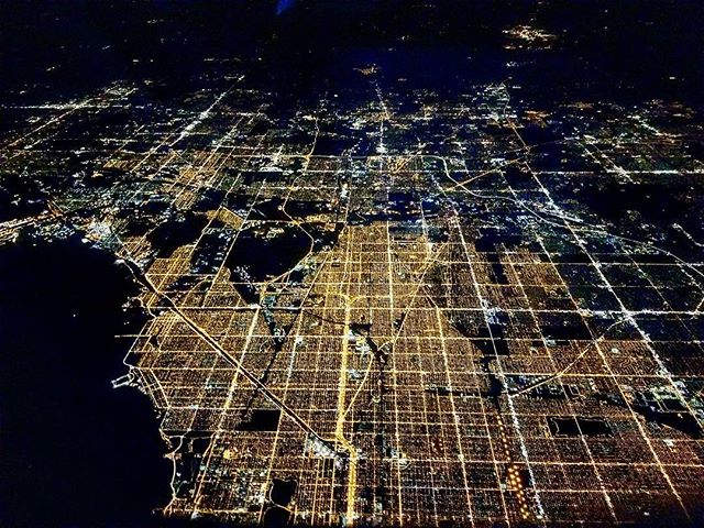 It was pretty cool flying over Chicago at night.  #chicago #flying #southwest
