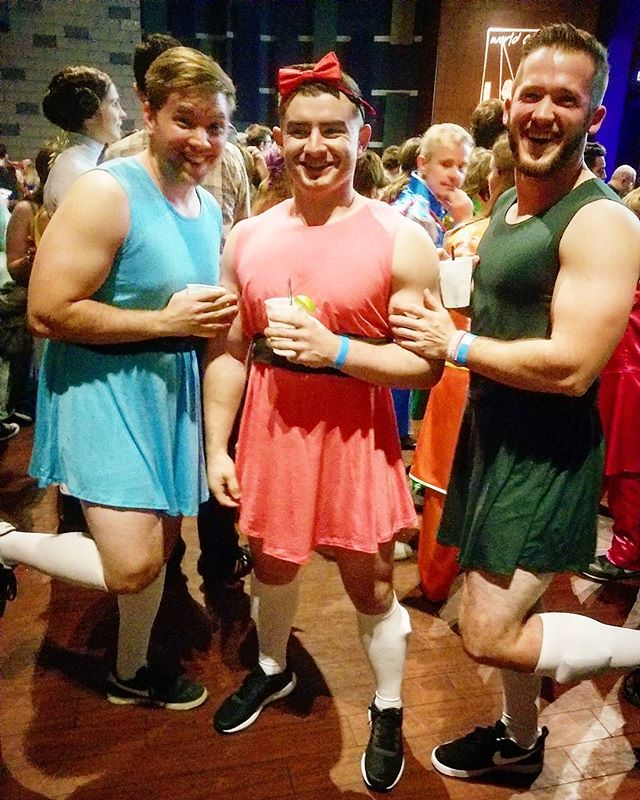 Sugar, spice, and everything whey while seeing Jukebox the Ghost in Philly! #wclexperience #jukeboxtheghost #powerpuffgirls