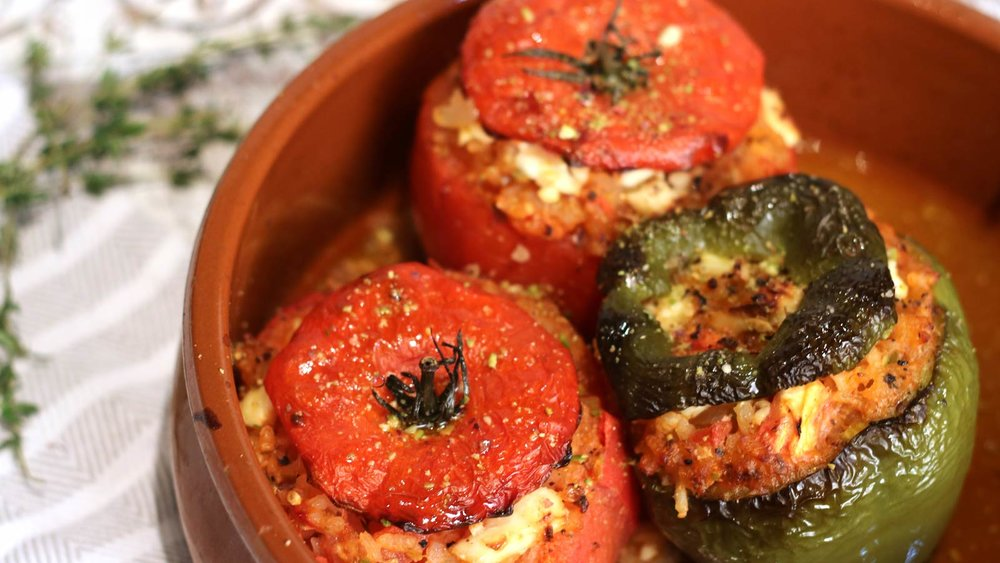 Gemista (Stuffed peppers and tomatoes with rice and herbs)