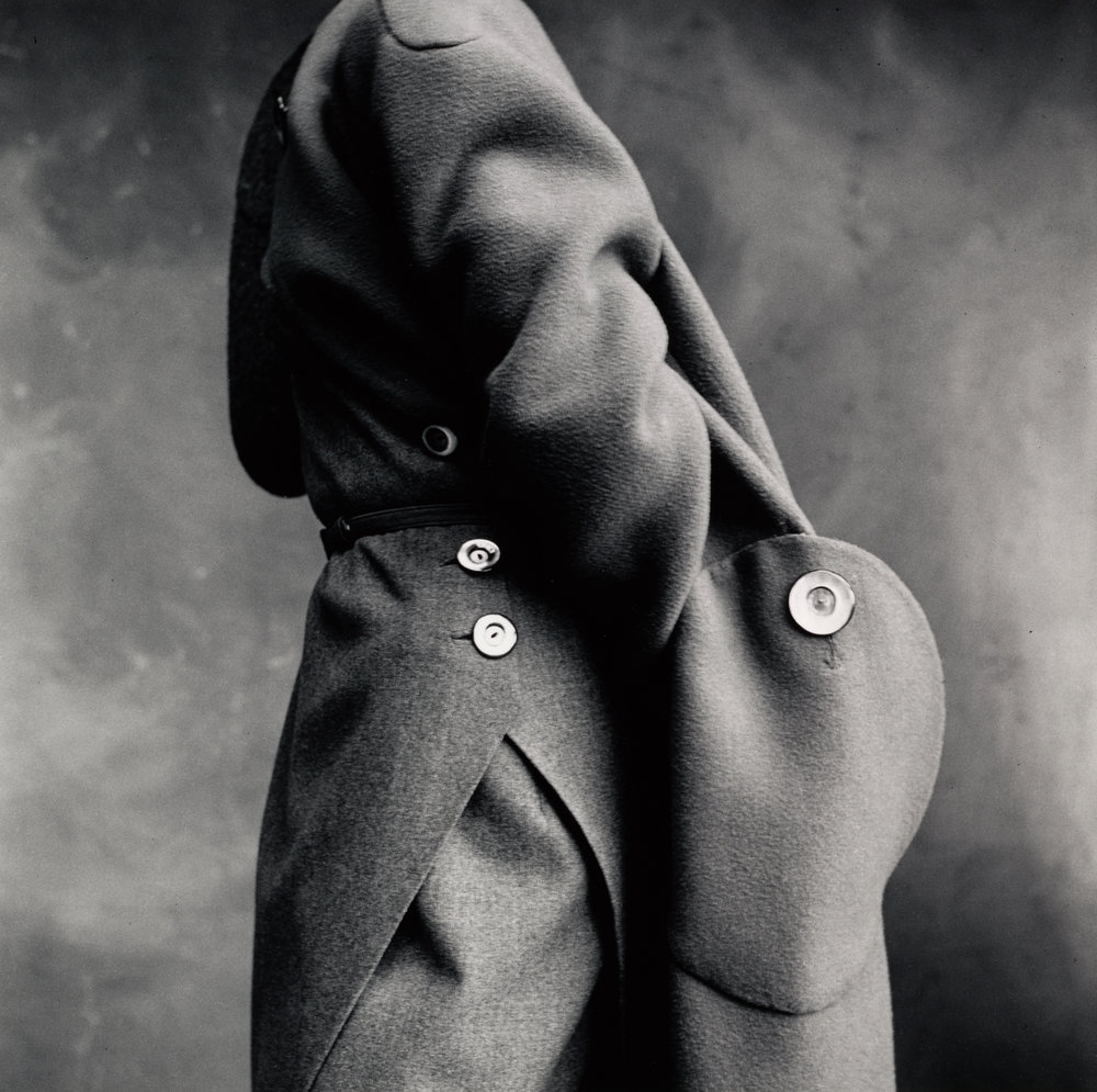 Molyneux Pocket Detail , Paris, 1950 Gelatin silver print © The Irving Penn Foundation