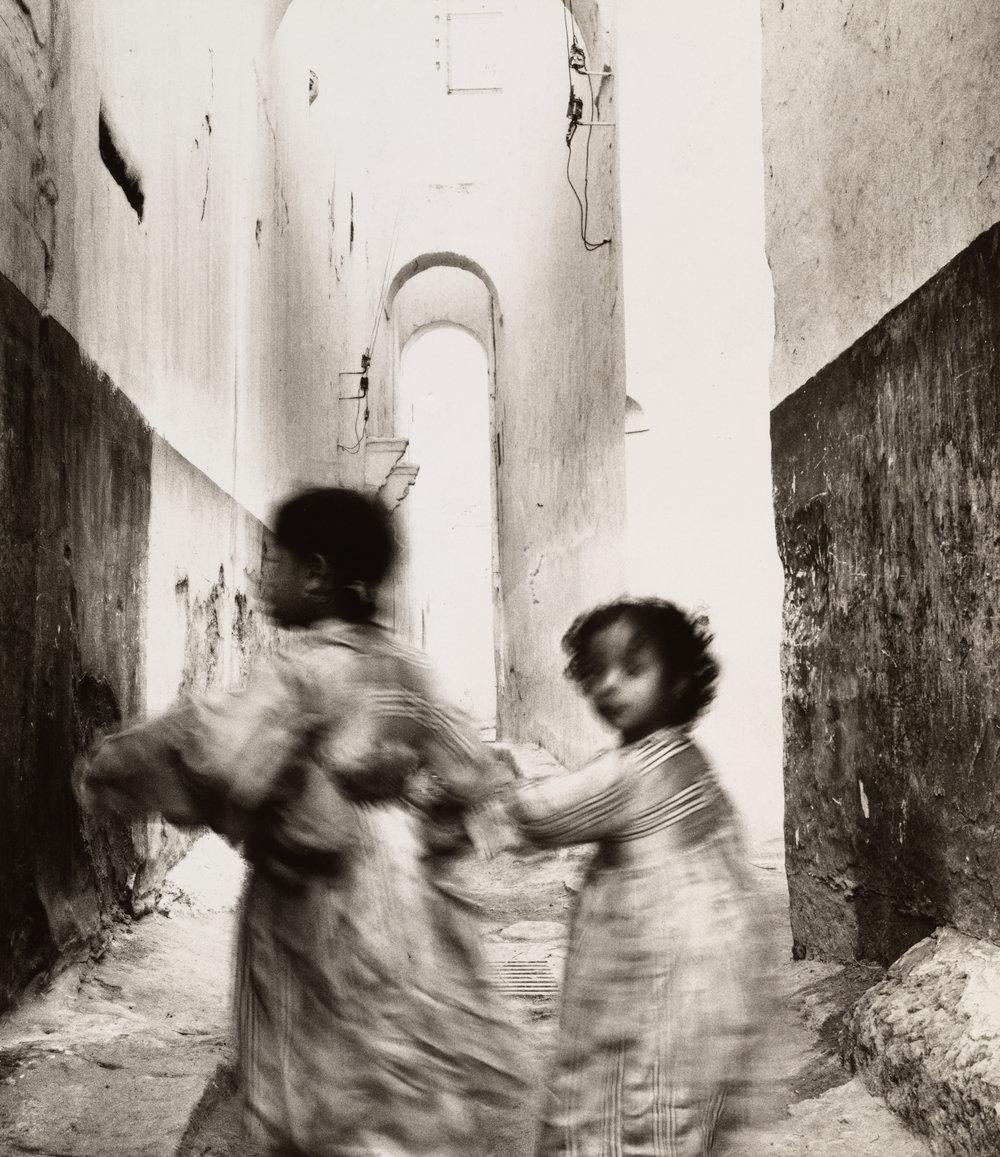 Running Children , Morocco, 1951 Gelatin silver print © Condé Nast