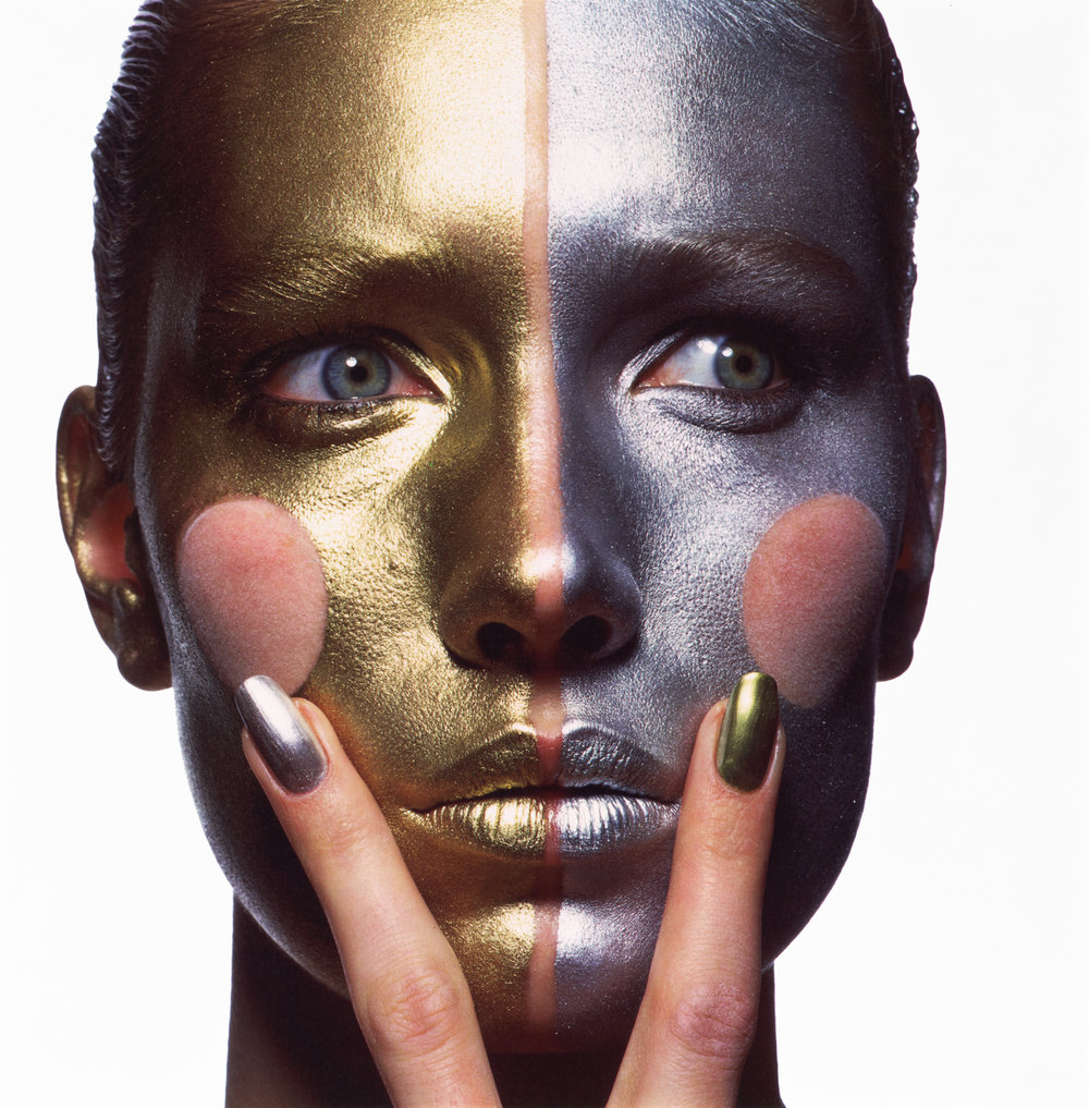 Gold and Silver Make-Up (B) , New York, 1985 Dye transfer print ©The Irving Penn Foundation
