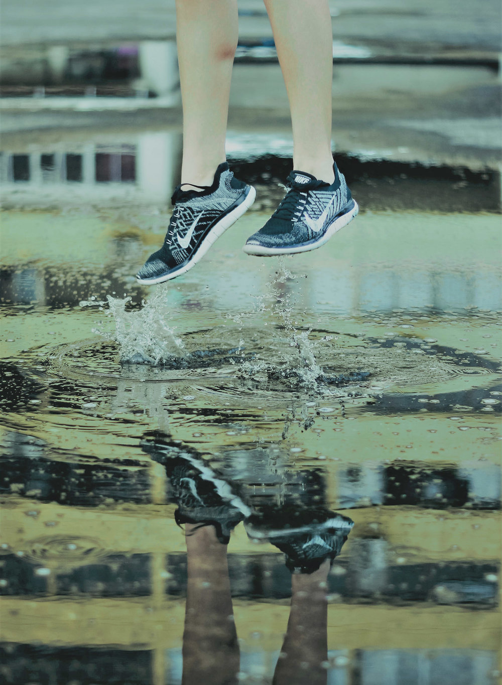jumping puddle 1500.jpg