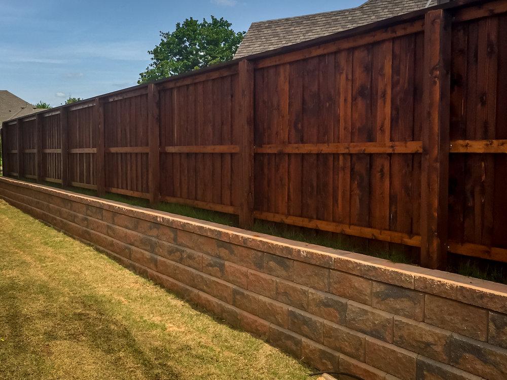 custom-cedar-fence-gate-redriverfence-9.jpg