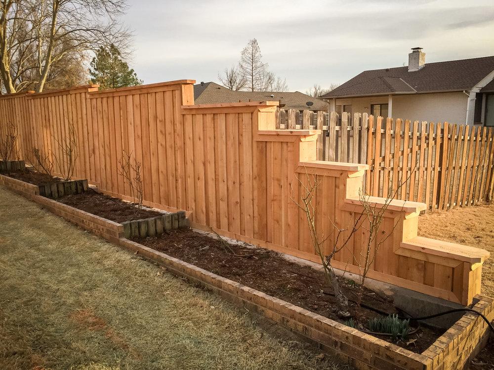 custom-cedar-fence-gate-redriverfence-21.jpg