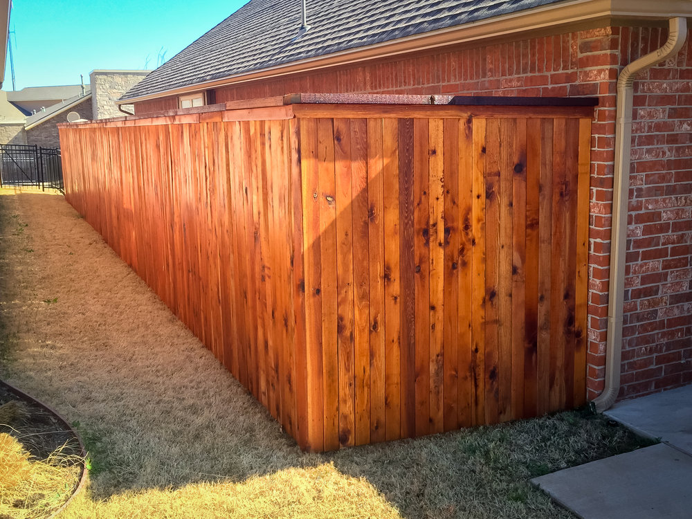 custom-cedar-fence-gate-redriverfence-22.jpg