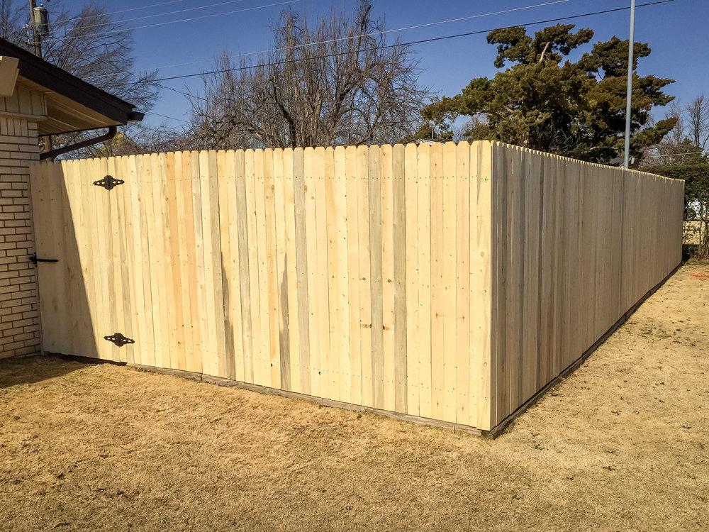 spruce-fence-gate-redriverfence-1.jpg