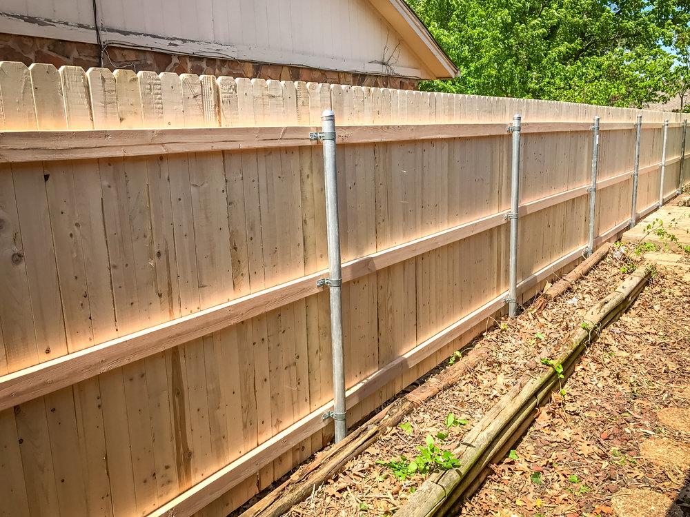 spruce-fence-gate-redriverfence-6.jpg