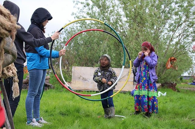#Hoopsonamission made in #Poland went to #Belarus and then to a village somewhere in Northern #Russia ⭕️⭕️⭕️⭕️⭕️ . . . #hoolaforhappiness #spreadjoy #ywam #danceministry #hoopdance #hoopgame #hooplah #hoopspam #joytotheworld #allnations #hoopseverywhere #circleoflife #dosmallthingswithgreatlove ❤️