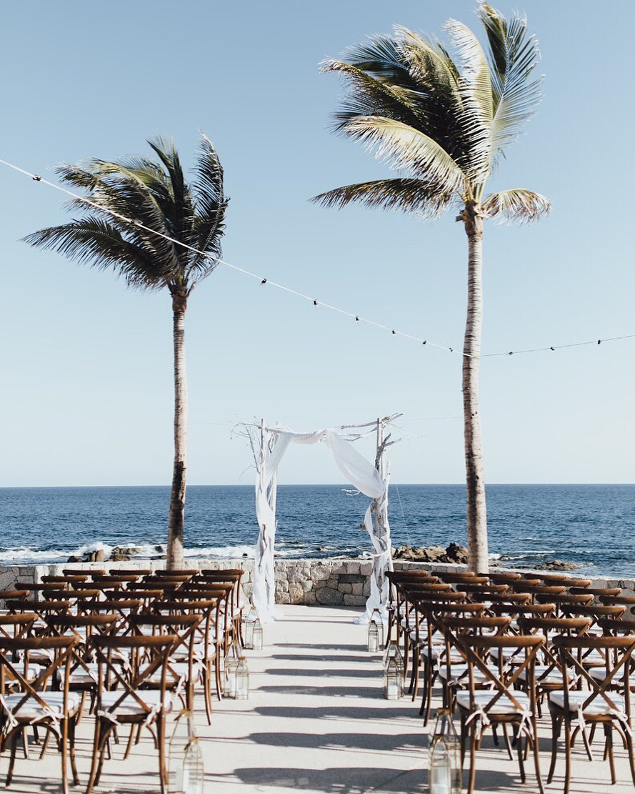 Photography:  D. Lillian   Venue:  Grand Fiesta American   Florals:  Del Cabo Weddings