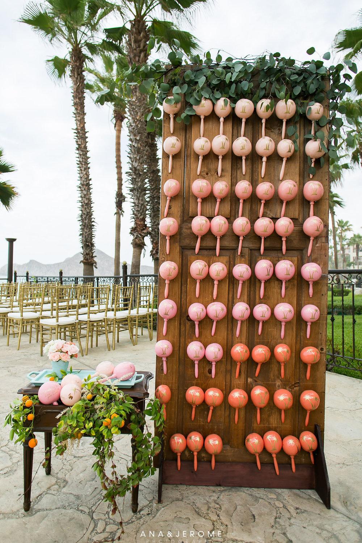 Photography:  Ana & Jerome   Venue:  Villa de Palmar   Florals:  Florenta