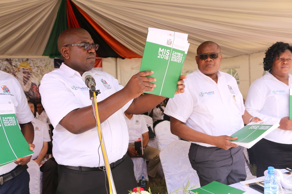 After delivering a speech in both English and the local language, Dr. Chilufya unveiled the 2018 Malaria Indicator Survey.