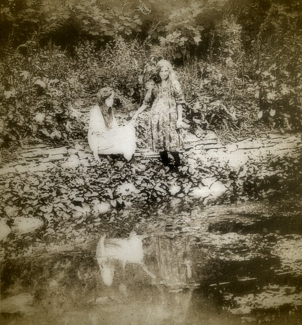 "Elsie Wright and Frances Griffiths in a photo taken at the ""magical beck"""