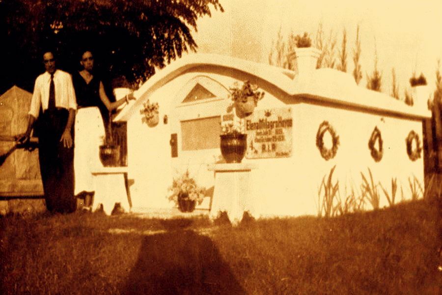 Elena Hoyos's tomb in Key West Cemetery