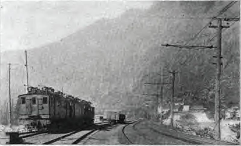 The depot and bunkhouses at Wellington before the disaster occurred.