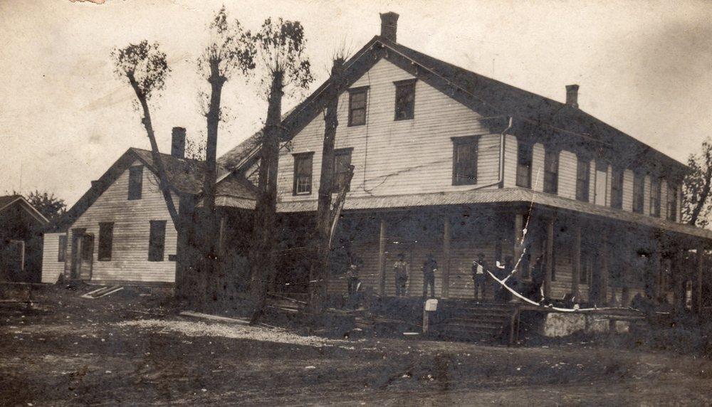 Meeme House Inn, circa 1915