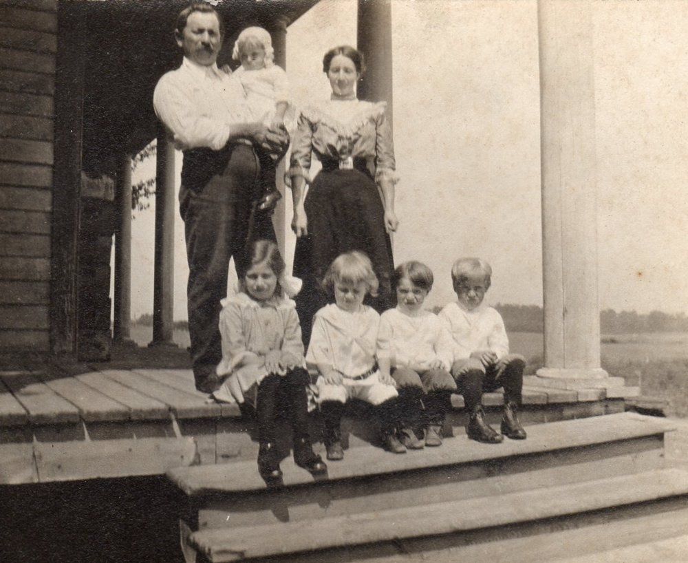 The Schwartz Family on the Meeme House porch, circa 1910