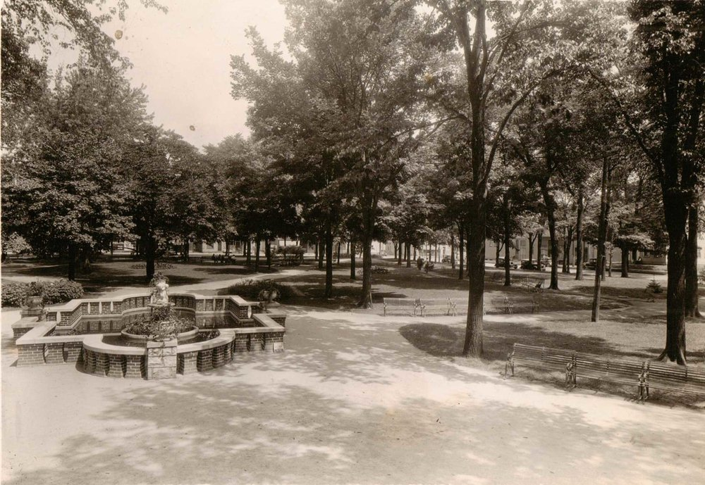 97.12.13: Washington Park, Manitowoc