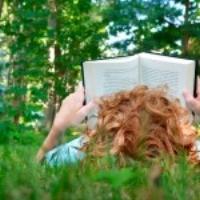 boy-reading-outside-summer-150x150.jpg