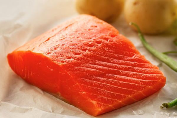 WILD COHO SALMON Coho has a firm texture & red flesh. Richer flavour than pinks or chum but milder than sockeye or springs.
