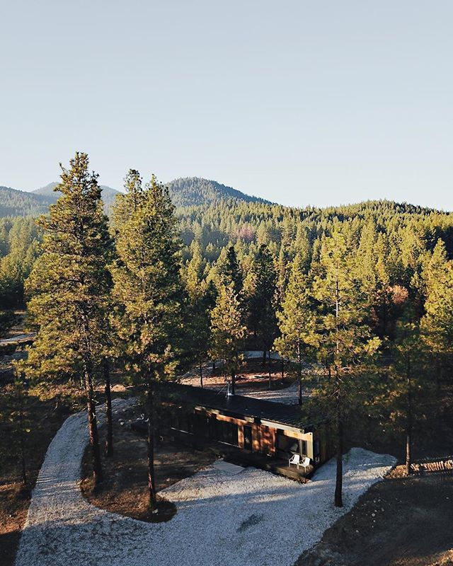 Repost from @thehideoutcabin 👌🏼What a view!  Photo credit @thehideoutcabin