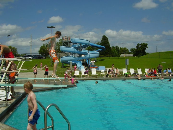 AQUATIC CENTER, Coffeyville, Kansas