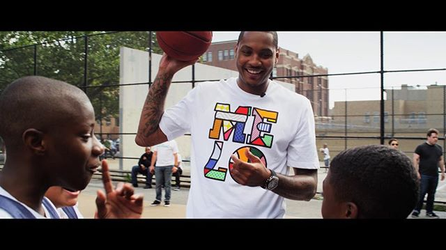 @carmeloanthony hanging in Brooklyn with some buddies for this spot with @jeep @jeep_wranglers @mccann_ww