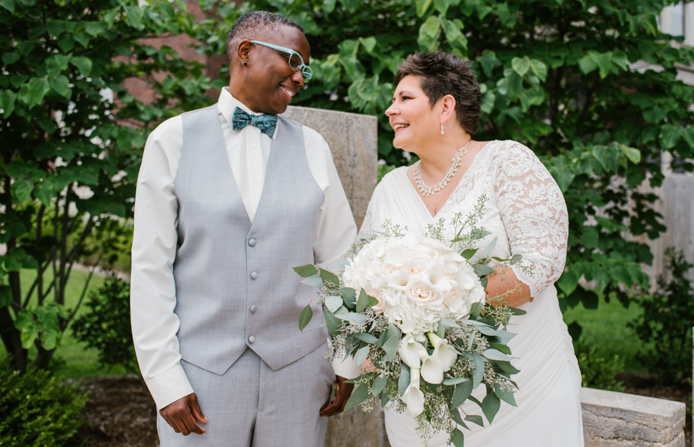 holland-michigan-lgbtq-wedding-midtown-center-wedding-photographer-sydney-marie-19.jpg