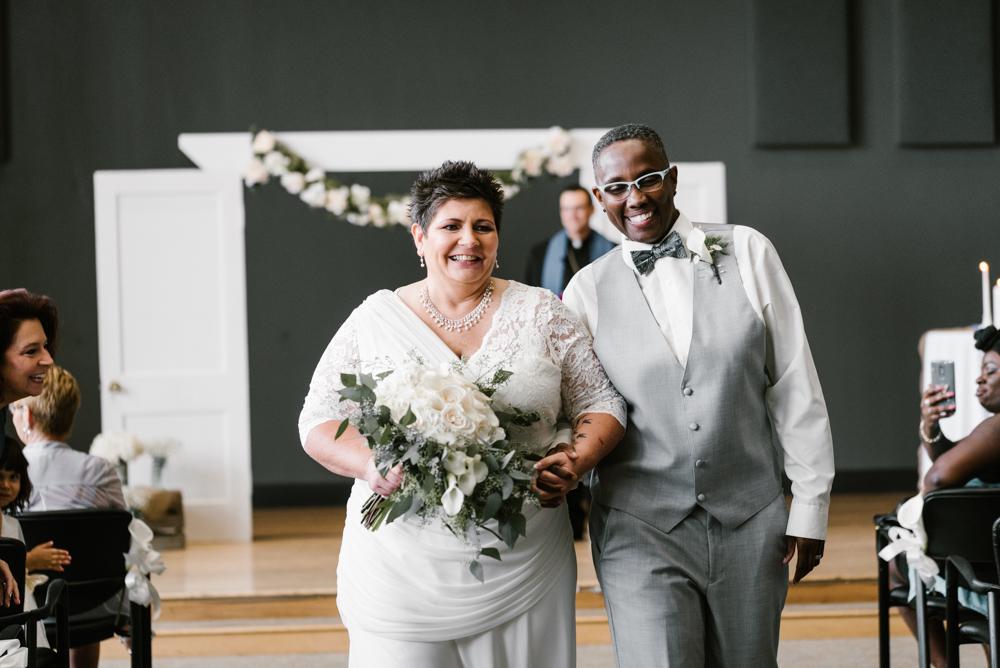 holland-michigan-lgbtq-wedding-midtown-center-wedding-photographer-sydney-marie-181.jpg
