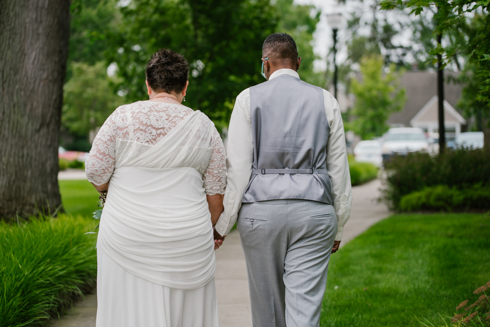 holland-michigan-lgbtq-wedding-midtown-center-wedding-photographer-sydney-marie-224.jpg