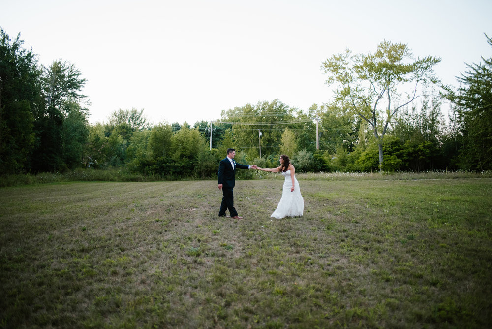 michigan-august-wedding-trillium-event-center-spring-lake-photographer-sydney-marie (734).jpg