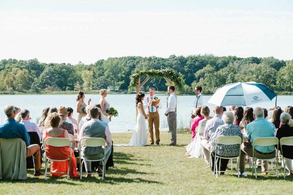 Quincy-Coldwater-Michigan-farm-wedding-photogapher-sydney-marie (96).jpg