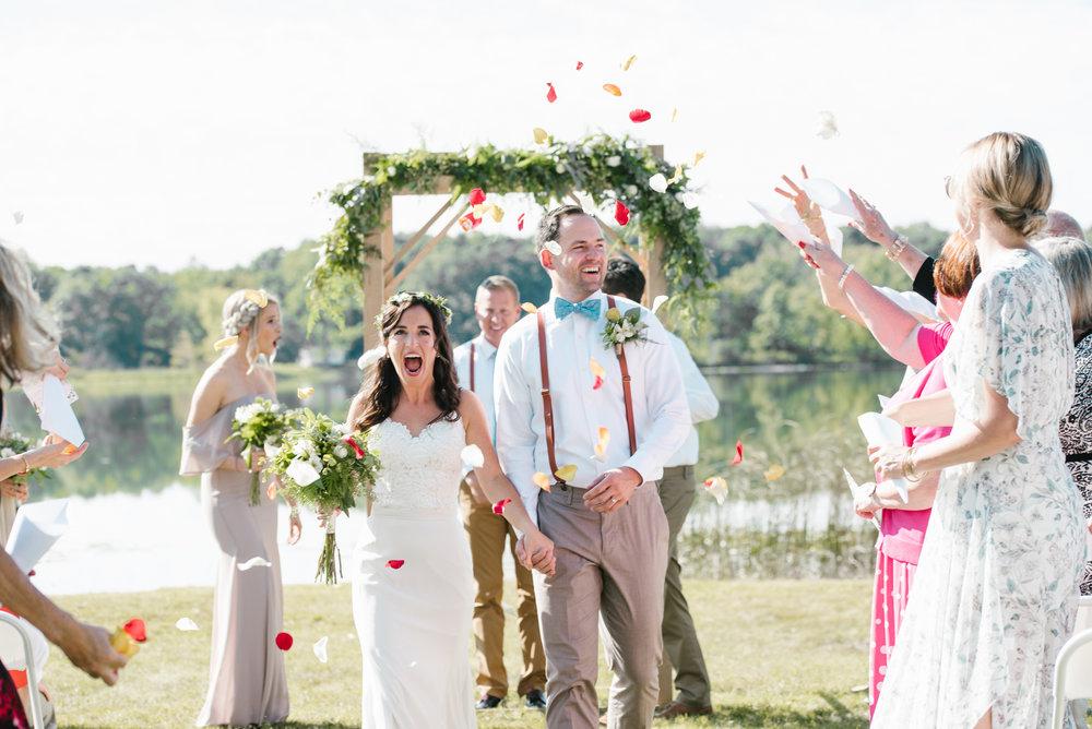 Quincy-Coldwater-Michigan-farm-wedding-photogapher-sydney-marie (200).jpg
