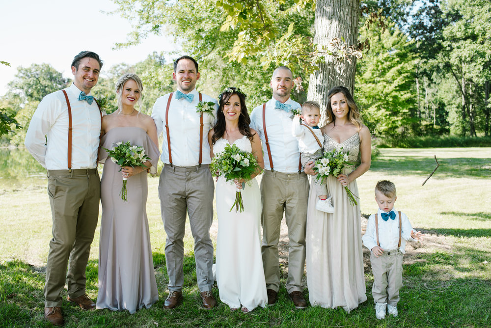 Quincy-Coldwater-Michigan-farm-wedding-photogapher-sydney-marie (217).jpg