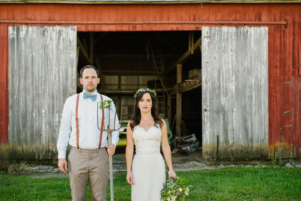 Quincy-Coldwater-Michigan-farm-wedding-photogapher-sydney-marie (305).jpg