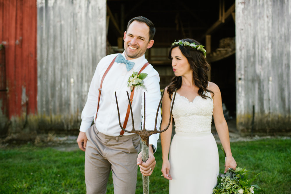 Quincy-Coldwater-Michigan-farm-wedding-photogapher-sydney-marie (309).jpg