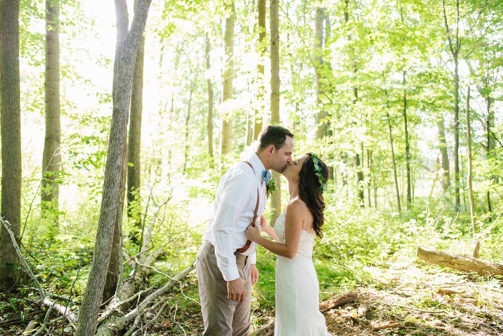 Quincy-Coldwater-Michigan-farm-wedding-photogapher-sydney-marie (332).jpg