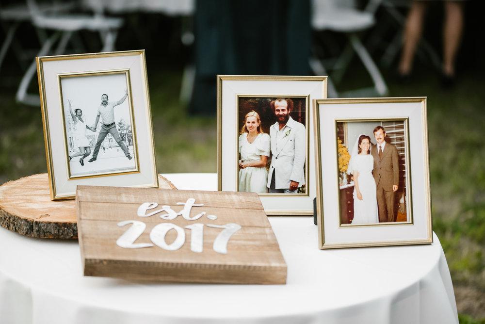 Quincy-Coldwater-Michigan-farm-wedding-photogapher-sydney-marie (439).jpg
