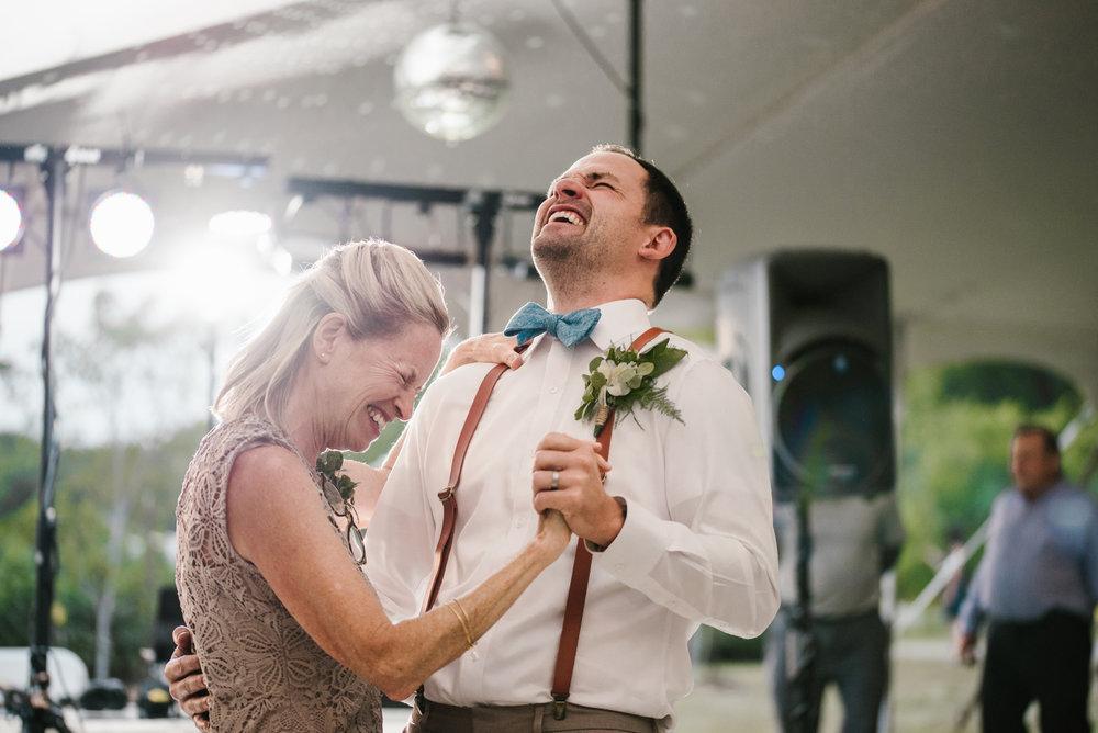 Quincy-Coldwater-Michigan-farm-wedding-photogapher-sydney-marie (474).jpg