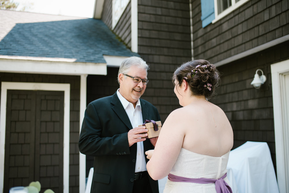 southwest-michigan-backyard-wedding-photographer-sydney-marie (117).jpg