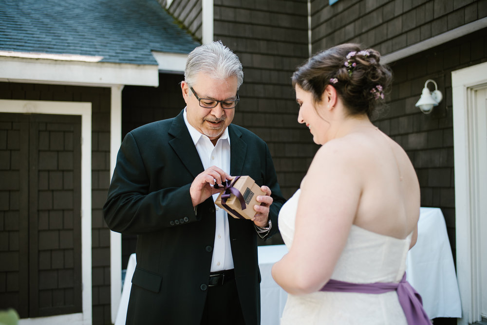 southwest-michigan-backyard-wedding-photographer-sydney-marie (119).jpg