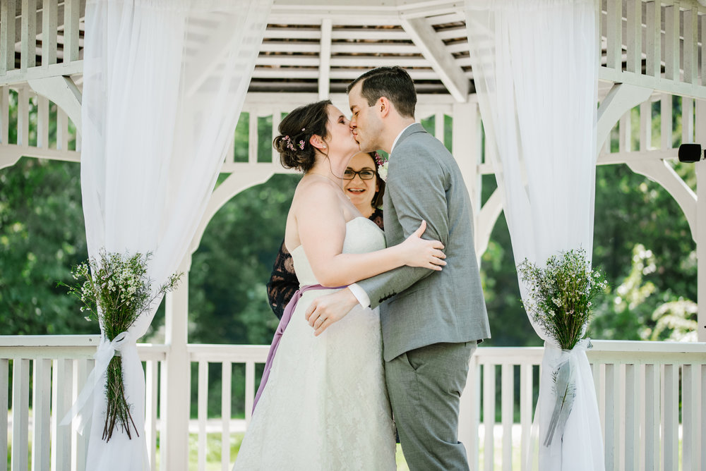 southwest-michigan-backyard-wedding-photographer-sydney-marie (393).jpg