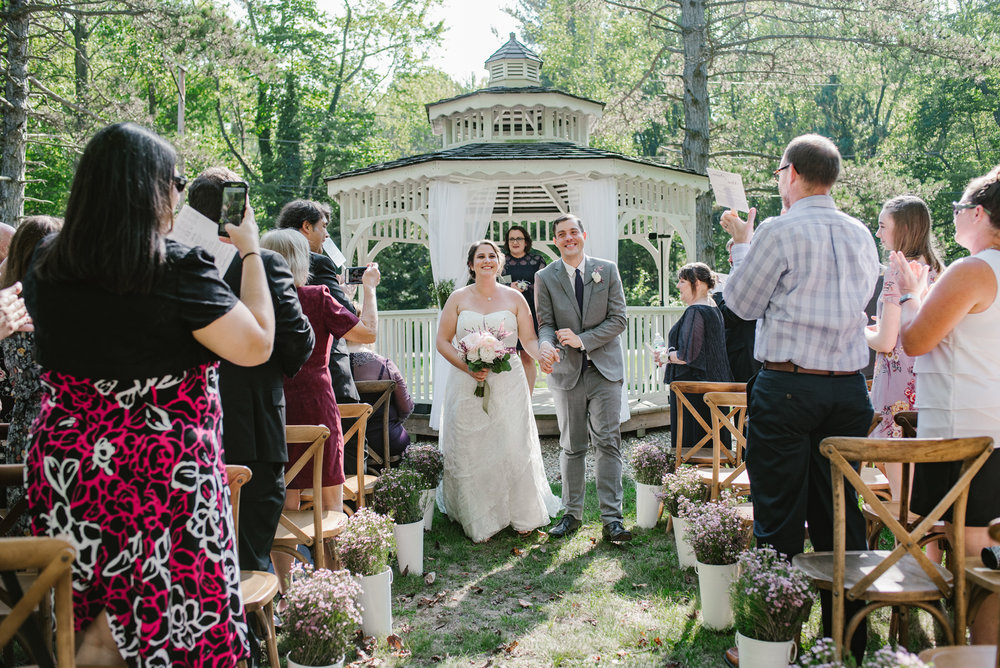 southwest-michigan-backyard-wedding-photographer-sydney-marie (402).jpg