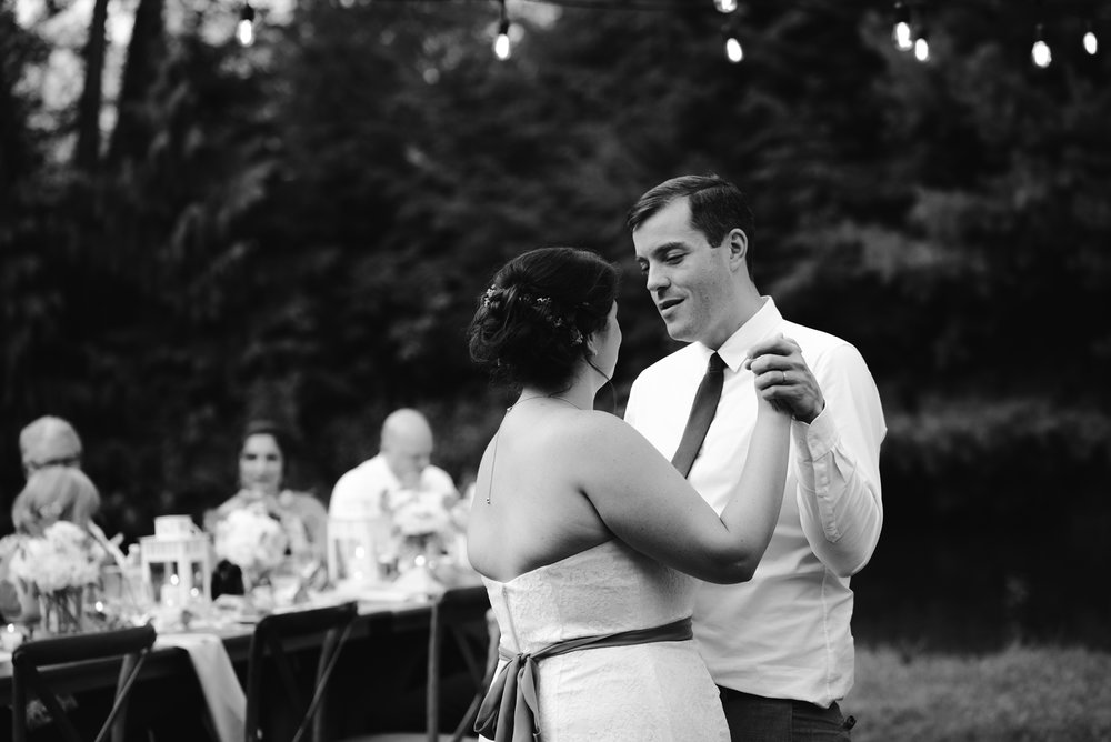 southwest-michigan-backyard-wedding-photographer-sydney-marie (523).jpg