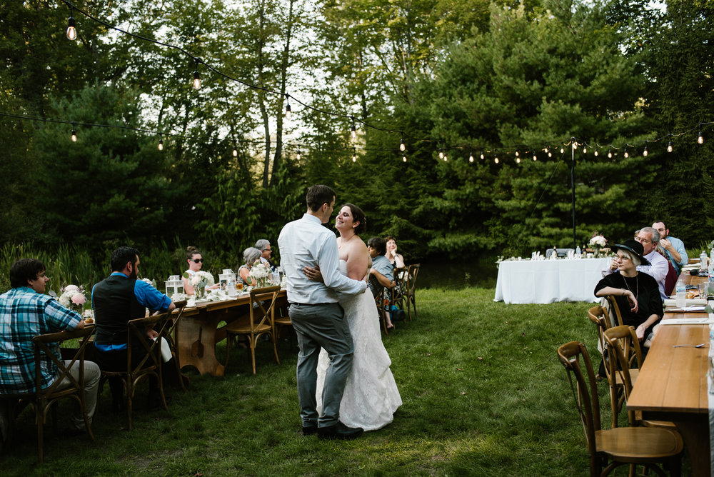 southwest-michigan-backyard-wedding-photographer-sydney-marie (533).jpg