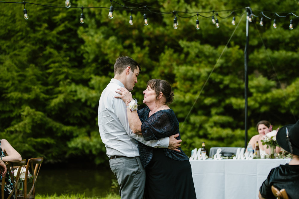 southwest-michigan-backyard-wedding-photographer-sydney-marie (571).jpg