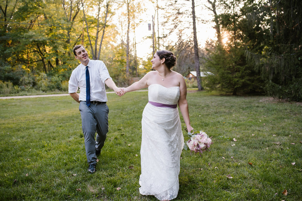 southwest-michigan-backyard-wedding-photographer-sydney-marie (609).jpg