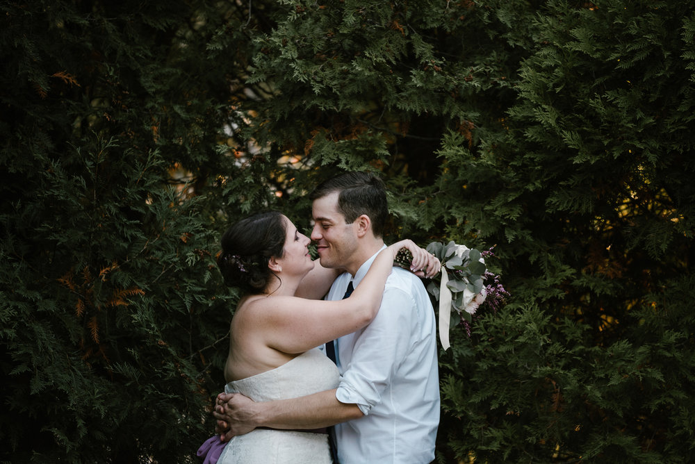 southwest-michigan-backyard-wedding-photographer-sydney-marie (611).jpg