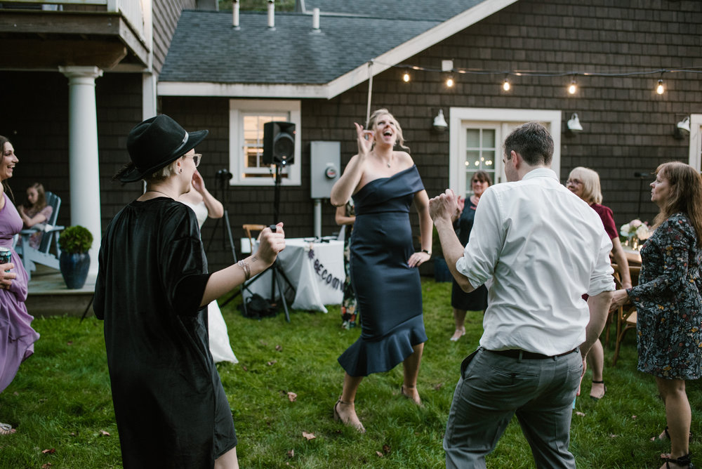 southwest-michigan-backyard-wedding-photographer-sydney-marie (675).jpg